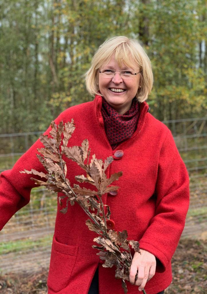 Andrea Schröder-Ehlers, SPD, Wald, Baum, Baumpate, Blätterwald, Artenvielfalt, Laubwald, Trinkwasser