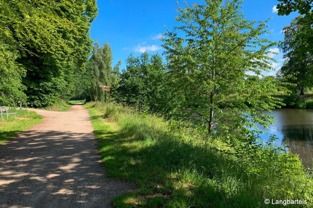 Fluss und Weg